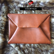 km-collection-enevelope-clutch-alla