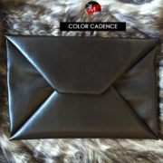 km-collection-enevelope-clutch-cadence