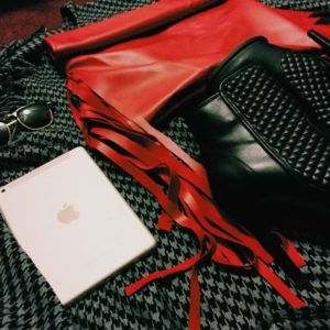 km-collection-garbage-roll-red-mai-clutch